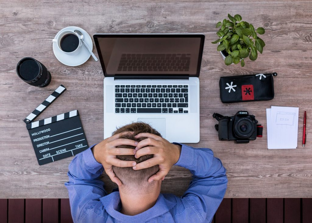 utilizzatore di computer disperato
